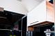 Bemarható LEDline termék felső konyhaszekrény aljába építve (mozgáérzékelővel)