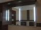 Világító tükör három lámpatesttel - bekapcsolt állapotban